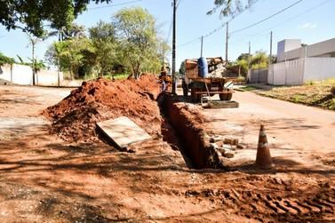 Iniciada obras para pavimentação de trecho da avenida Olinda, em Umuarama