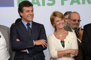 Beto Richa e a mulher, Fernanda, são presos em Curitiba
