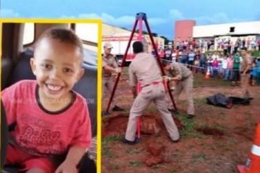 Chão cede e criança morre após cair em fossa enquanto brincava em escola