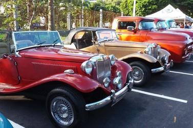 Encontro irá expor mais 300 carros antigos em Umuarama