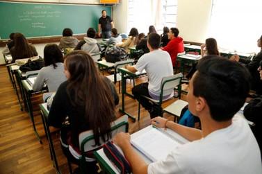 237 mil estudantes paranaenses estão inscritos no Enem