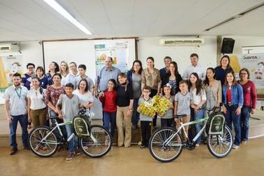 Concurso ambiental premia alunos da rede municipal de Umuarama