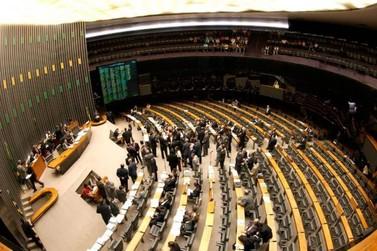 Confira os deputados federais eleitos para a Câmara Federal pelo Paraná