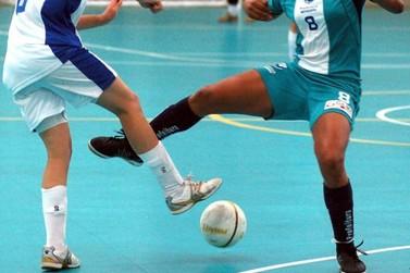 """Copa Regional de Futsal Feminino """"Outubro Rosa"""" inicia 2ª edição"""