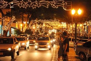 Comerciantes sugerem horário de abertura para o Natal em Umuarama