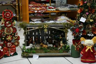 Feira de artesanato integra programação natalina de Umuarama