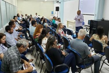 Saúde reforça capacitação para combate à dengue em Umuarama