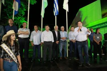 Autoridades ressaltam importância da Expo Umuarama para o agronegócio do Paraná