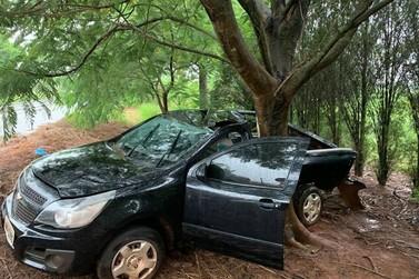 Motorista abandona veículo e foge após acidente entre Iporã e Francisco Alves