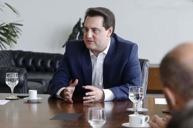 Ratinho Junior visita Expo Umuarama e anuncia recursos para o município