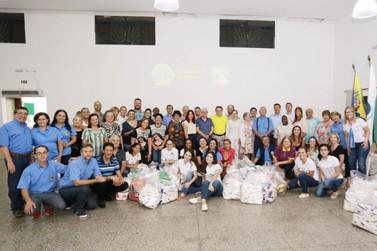 Graças ao público, Expo Umuarama doa oito toneladas de alimentos a entidades