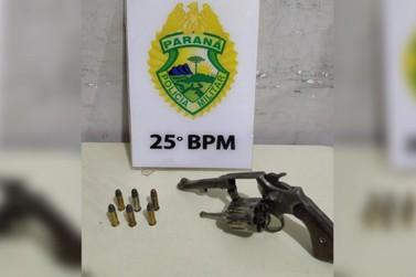 Homem é preso por posse ilegal de arma no Parque San Marino, em Umuarama