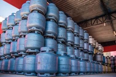 Procon divulga pesquisa mensal de preços do GLP e combustíveis em Umuarama