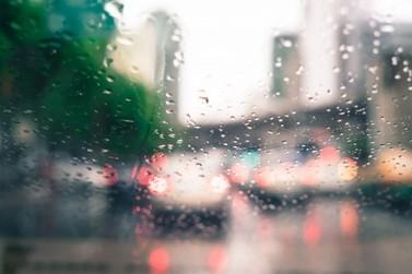 Vai ter chuva! Veja a previsão para último fim de semana de verão em Umuarama