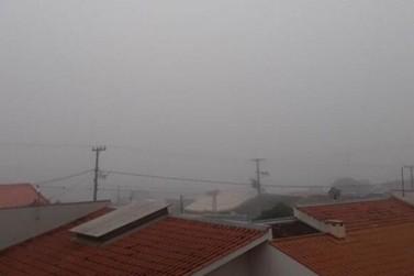 Frente fria chega a Umuarama e temperaturas devem ficar amenas nesta semana