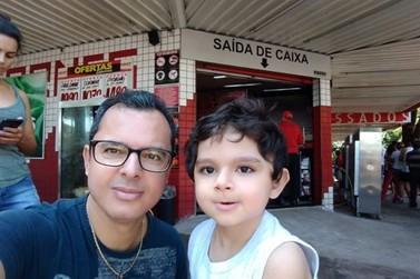 Menino de 6 anos vence luta contra o câncer em Paranavaí