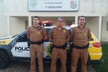 Policiais militares salvam vida de recém-nascida engasgada