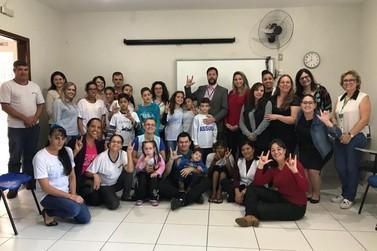 Ministério da Educação conhece estrutura de ensino em Umuarama
