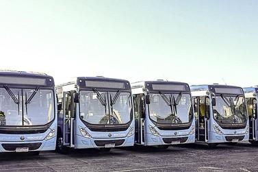 Concessionária do transporte coletivo de Umuarama apresenta novos ônibus