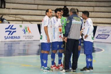 Em casa, o Umuarama Futsal enfrenta o rival Cascavel nesta terça