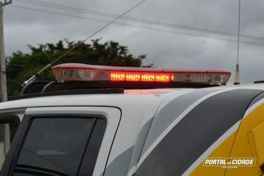 Homem embriagado provoca acidente e é preso em flagrante em Umuarama