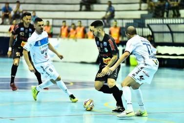 Umuarama Futsal enfrenta o atual Campeão Paranaense nesta quinta
