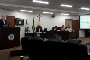 Suplente, Toninho Comparsi é empossado vereador de Umuarama