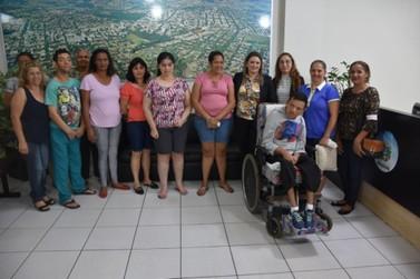 Aprovado passe livre para acompanhante de pessoa com deficiência em Umuarama