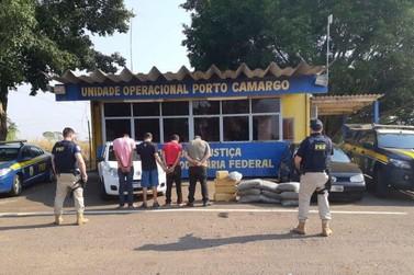 PRF prende quarteto com maconha e skunk em Alto Paraíso