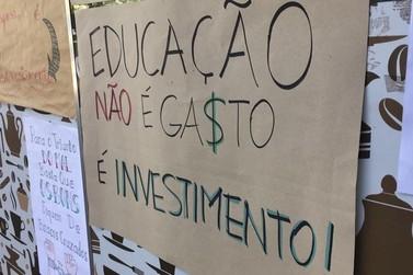 Alunos do IFPR de Umuarama fazem greve contra medidas do governo para Educação