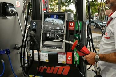 Campanha orienta funcionários de postos de Umuarama sobre os riscos do benzeno