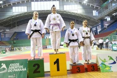 Com ouros na bagagem, judoca de Umuarama busca ponto mais alto do pódio na Bahia