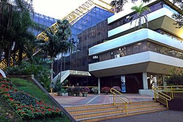 Prefeitura de Maringá abre inscrições para concurso público com 54 vagas