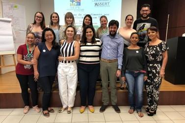 Unimed Noroeste qualifica profissionais para a perspectiva ABA, em Umuarama