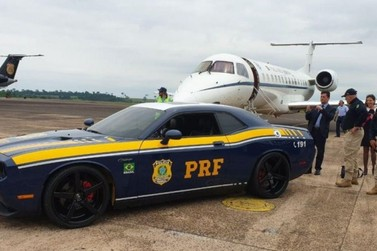 Dodge Challenger cedida pela Justiça Federal de Umuarama escolta Sérgio Moro