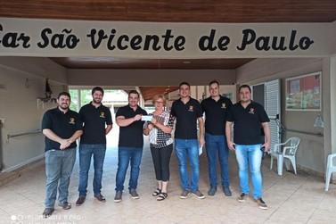 Grupo Jovens Ruralistas repassa R$ 59,7 mil para o lar São Vicente de Paulo