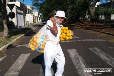 Se inspire no senhor Manoel, que aos 79 anos, vende laranjas em Umuarama