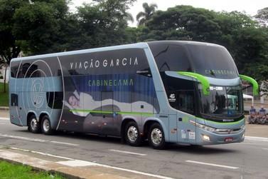 Viação Garcia contrata 130 motoristas para suprir demanda no final de ano