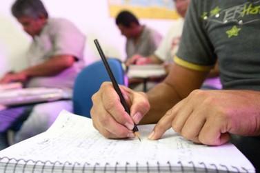 Inscrições para a Educação de Jovens e Adultos terminam nesta sexta em Umuarama
