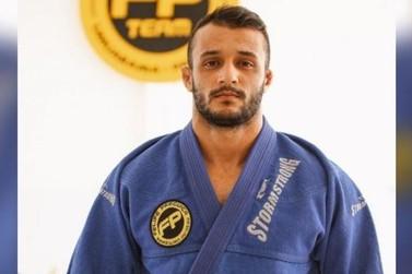 Valeu Umuarama! Gustavo Prado vai para o Abu Dhabi Jiu-Jitsu Professional; VÍDEO