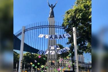 Iniciativa dos jovens: Paróquia São Francisco de Assis ganha 'Varal da Oração'