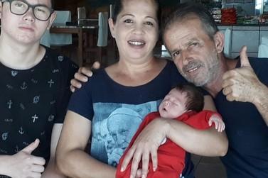 Polícia Rodoviária Federal salva vida de bebê engasgado em Alto Paraíso