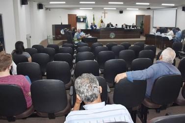 Aprovada suspensão do recolhimento de contribuições de servidores de Umuarama