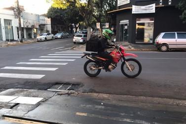 Entregadores de Umuarama relatam as dificuldades enfrentadas no dia a dia