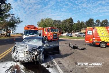 Grave acidente na PR-323 deixa três pessoas feridas, uma em estado grave
