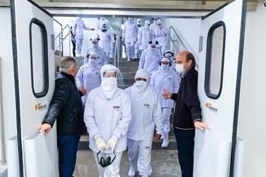 Umuarama volta a ter um frigorífico para abate de frangos; operação já começou