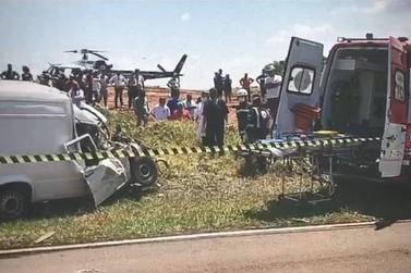 Colisão entre veículo e carroça deixa uma pessoa e um cavalo mortos em Douradina