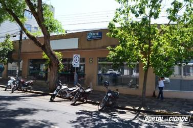 Homem tem motocicleta furtada durante entrevista de emprego em Umuarama