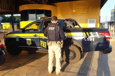 PRF prende em Guaíra homem com mandado de prisão que se dirigia ao Paraguai