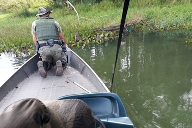Redes de pesca ilegais são apreendidas pela Polícia Ambiental de Umuarama
